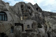 04-cavehotel