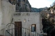05-cavehotel
